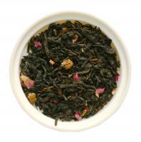 Красный чай с лепестками розы