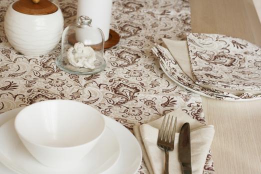 Фото дорожки и салфеток на стол для кухни
